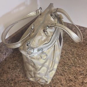 Coach Bags - Coach 15865 Gold BEIGE Poppy Art Tote Extra Large